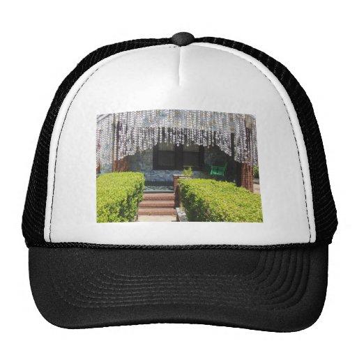 Casa de la lata de cerveza gorra