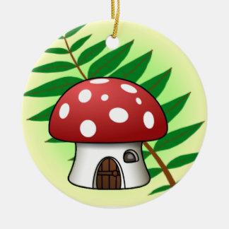 Casa de la seta adorno navideño redondo de cerámica