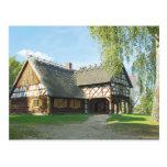 Casa de madera vieja - postal