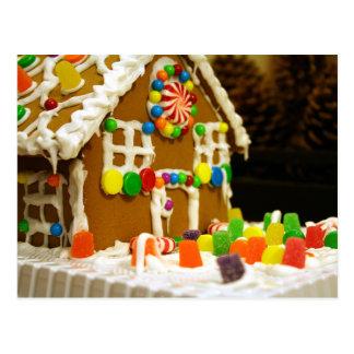 Casa de pan de jengibre colorida del navidad tarjeta postal
