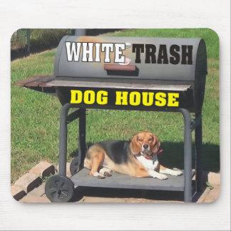 Casa de perro divertida de la basura blanca alfombrilla de raton