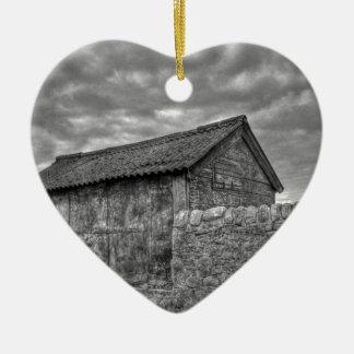 Casa de piedra vieja en Lancashire Adorno De Cerámica En Forma De Corazón