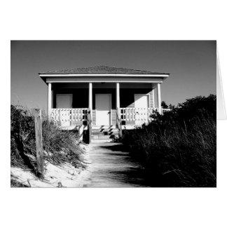 casa de planta baja blanco y negro de la playa tarjeta pequeña