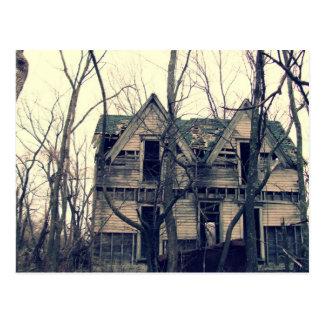 Casa de seis postales de los aguilones