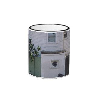 casa del blanco del linus de la simplicidad taza a dos colores
