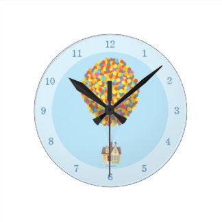 Casa del globo de Disney Pixar ENCIMA de la Reloj Redondo Mediano