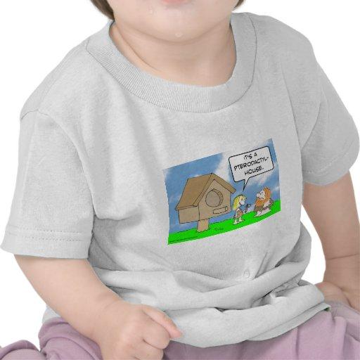 Casa del pterodactyl de las estructuras de los camisetas