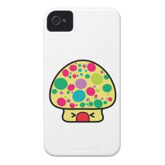 casa divertida de la seta del toadstool del kawaii Case-Mate iPhone 4 carcasa