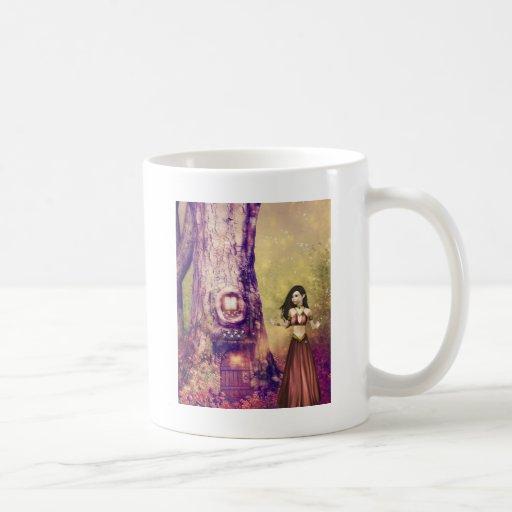 Casa en el árbol taza de café