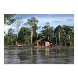 Casa en el río Amazonas superior, Perú Comunicados Personales