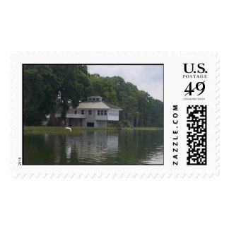 Casa en el sello del río