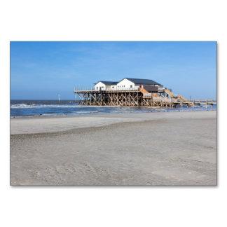 Casa en los zancos en la playa de San Pedro Ording