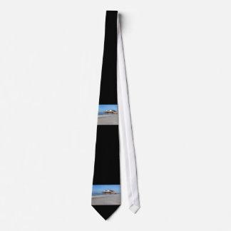 Casa en los zancos en la playa de San Pedro Ording Corbata Personalizada