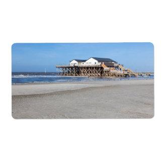Casa en los zancos en la playa de San Pedro Ording Etiqueta De Envío