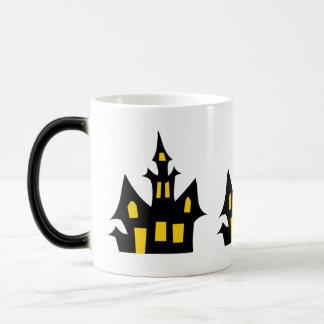 Casa encantada - diversión de Halloween Taza Mágica