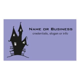 Casa encantada negra en fondo púrpura tarjetas de visita