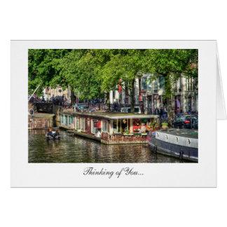 Casa flotante del canal de Amsterdam - pensando en Tarjeta De Felicitación
