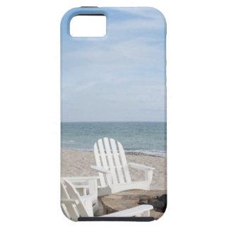 casa frente al mar con las sillas del adirondack y iPhone 5 carcasas
