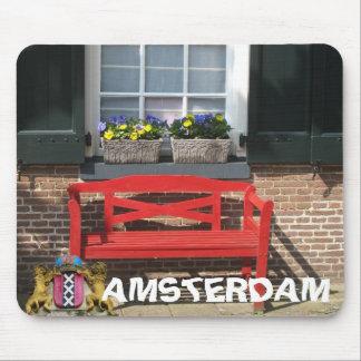 Casa holandesa Mousepad del banco rojo de Amsterda
