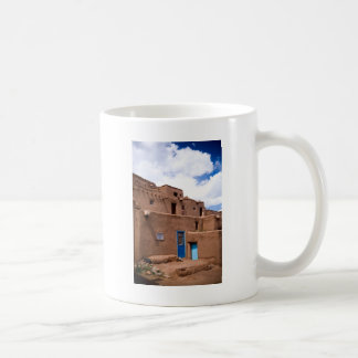 Casa New México del pueblo de Taos Adobe del sudoe Taza