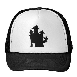 Casa vieja con las torres gorra