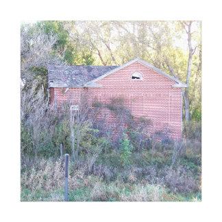 Casa vieja de la escuela del distrito lona envuelta para galerías