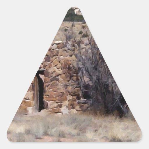 Casa vieja de la granja de la piedra pegatina triangular