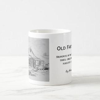 Casa vieja de la granja taza de café