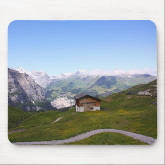 Casa y montañas suizas tapete de ratones