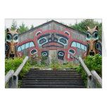 Casa y tótemes, Ketchikan, Alaska del clan Tarjeta