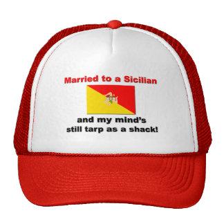 Casado con un siciliano… gorras de camionero
