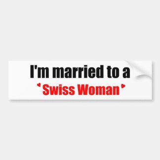 Casado con una mujer suiza pegatina para auto
