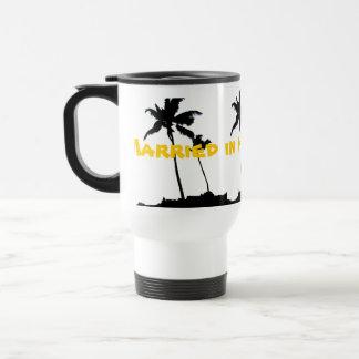 Casado en las palmeras de Hawaii Taza Térmica