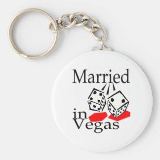 Casado en Vegas Llavero Redondo Tipo Pin