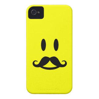 Casamata sonriente del iPhone 4 del bigote feliz iPhone 4 Case-Mate Protectores
