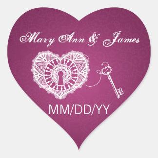 Casando reserva la llave de la fecha a mi baya del pegatina en forma de corazón
