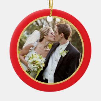 Casar el primer ornamento de la foto del navidad ornato