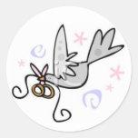 Casar la paloma pegatina redonda