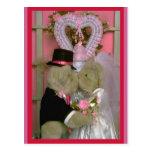 Casar osos bajo corazón postal