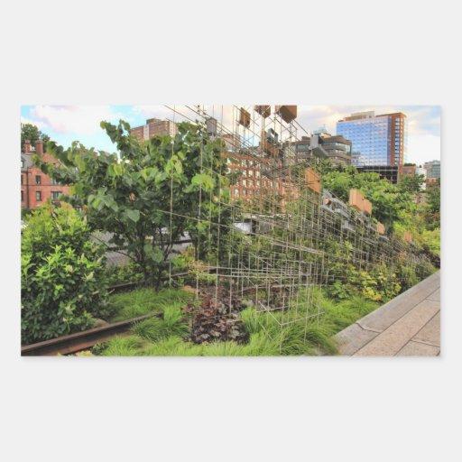 Casas/alimentadores del pájaro en la alta línea pegatina rectangular