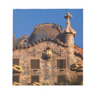 Casas Batilo, arquitectura de Gaudi, Barcelona, Blocs De Papel