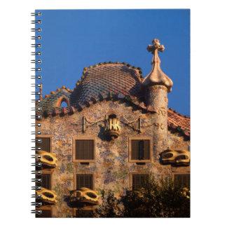 Casas Batilo, arquitectura de Gaudi, Barcelona, Cuaderno