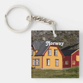 Casas coloridas de Noruega Llavero Cuadrado Acrílico A Una Cara