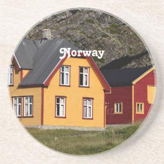 Casas coloridas de Noruega Posavasos Diseño