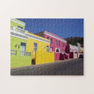 Casas coloridas en rompecabezas de la foto de Cape