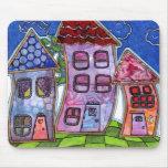 Casas coloridas enrrolladas tapete de ratón