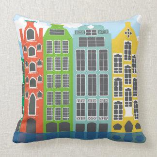 Casas de Amsterdam en la almohada de tiro del