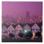 Casas de fila en la puesta del sol en San Francisc Azulejo Cuadrado Grande