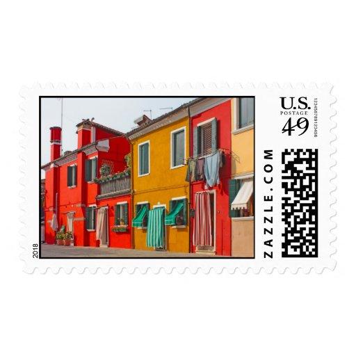 Casas del color en la isla Burano Italia de Envio