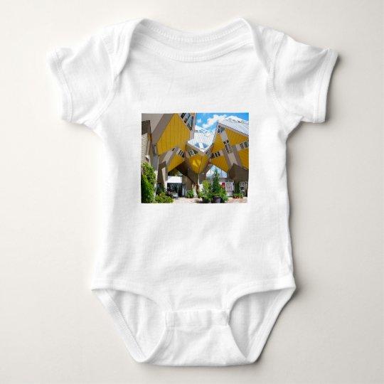 Casas del cubo, Rotterdam Blaak Body Para Bebé